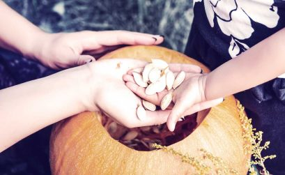 A guide to successfully managing expectations while carving pumpkins with toddlers