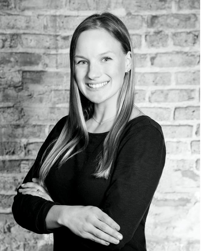 Claire Remec Headshot