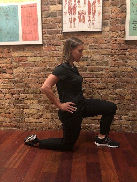 Hip flexor stretch demo